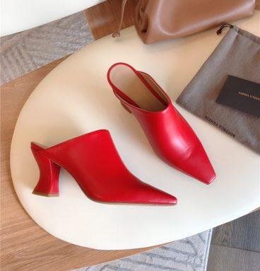 Bottega Veneta block heel sandals red