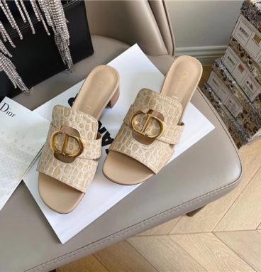 dior 30 montaigne heeled slide