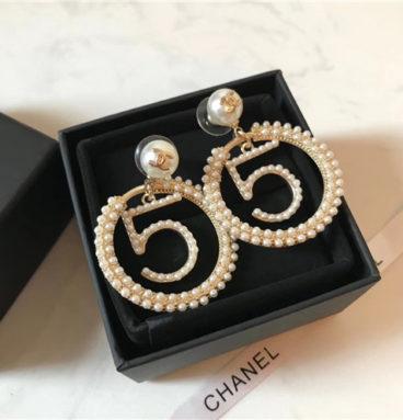 chanel 5 pearl earrings